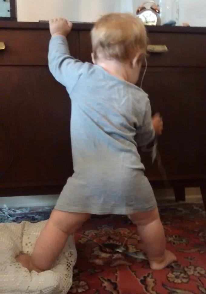 Das maßgeschneiderte Wolle/Seide-Hemdchen von unserem Windelfrei-Kind.